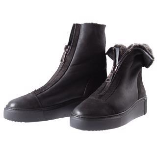 meer-over-schoenen-onze-winkels-en-webshop_320x480_21563.png