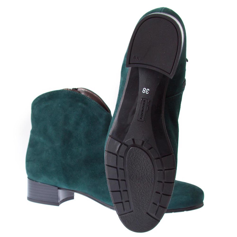 Chaussures Blanc Classique Ugg Australia Femmes Classiques Ayden RGsU1T6UB